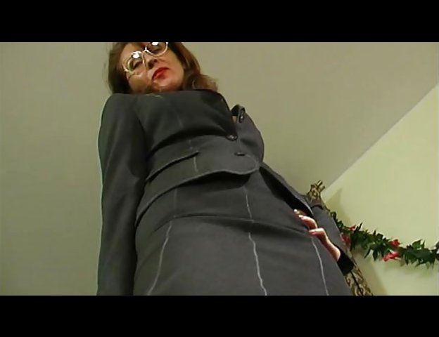 Milf Secretary Bang Boss