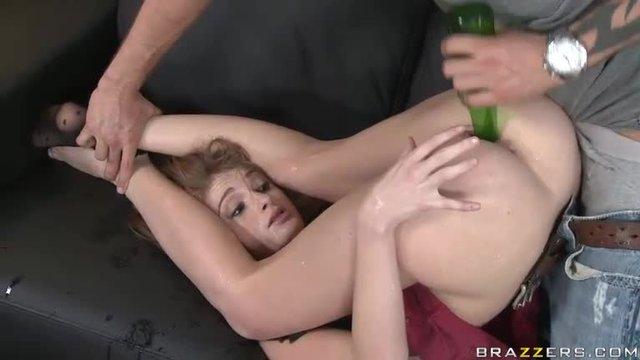 Kim delaney sucking cock